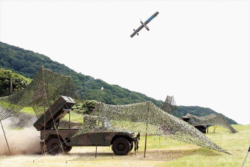 96式多目的誘導弾システム_(3).jpg