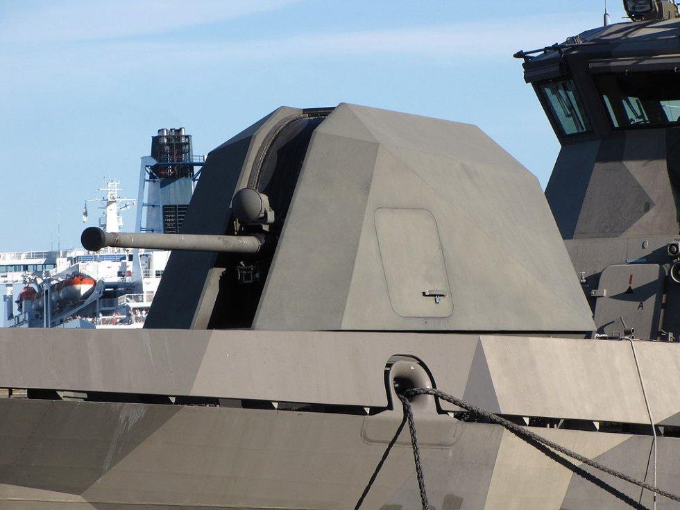 1024px-missile_boat_pori_bow_57_mm_gun.jpg