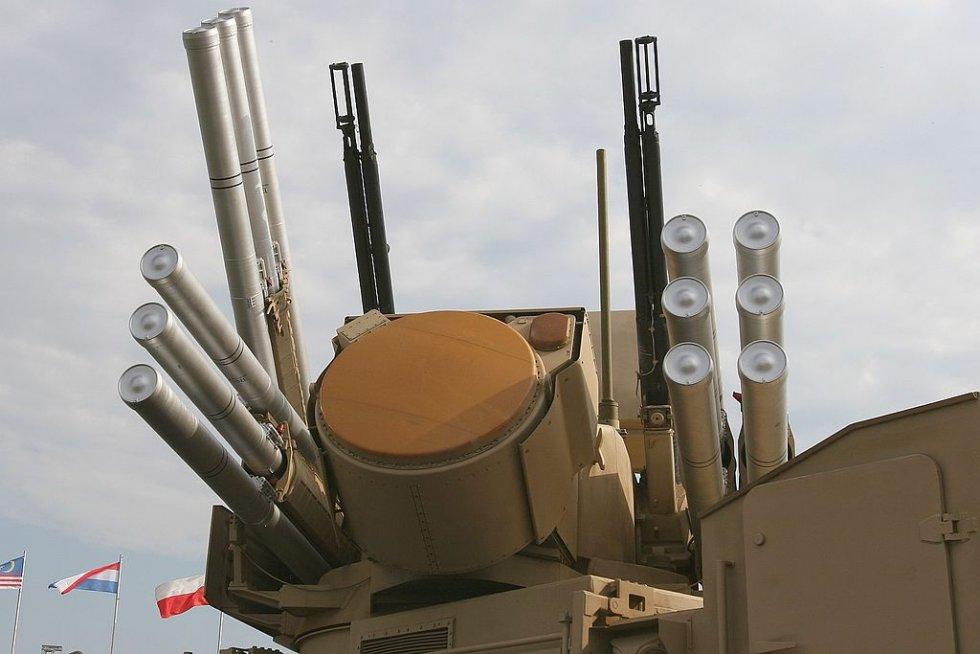 1024px-Pantsir-s1-weapons.jpg
