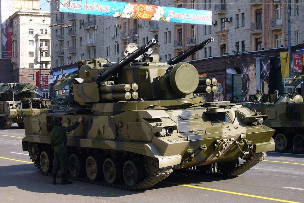 1024px-VDay_Parade_Rehearsal_Moscow03.jpg
