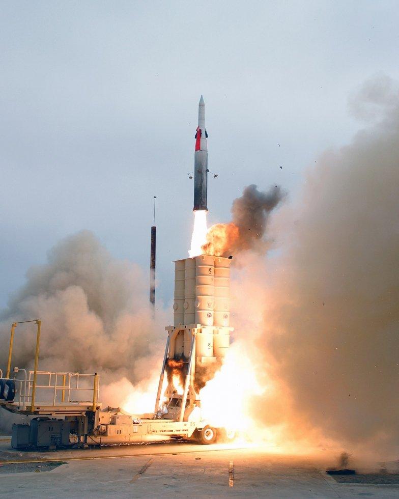 1200px-Arrow_anti-ballistic_missile_launch.jpg
