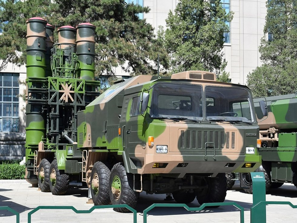 1200px-HQ-9_Surface-to-air_missiles_20170919.jpg