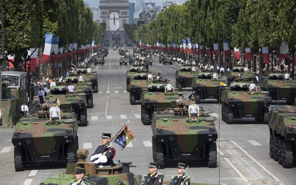 1280px-Bastille_Day_Parade_2017_VBCI_of_the_16th_battalion_of_chasseurs-1080x675.jpg