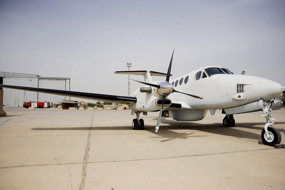1280px-Iraqi_AF_King_Air_350.jpg