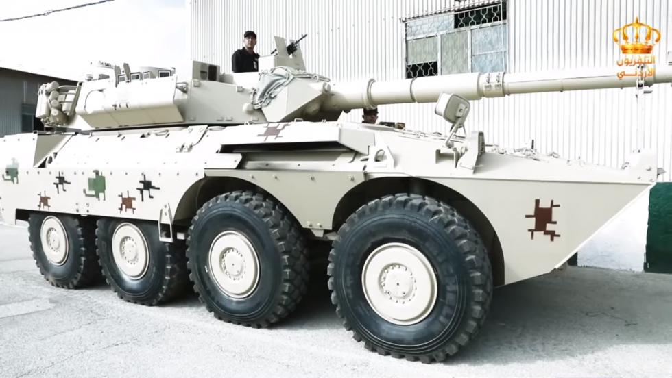 13 برنامج جيشنا العربي  المعرض الفني لسلاح الصيانة الملكي - YouTube.png