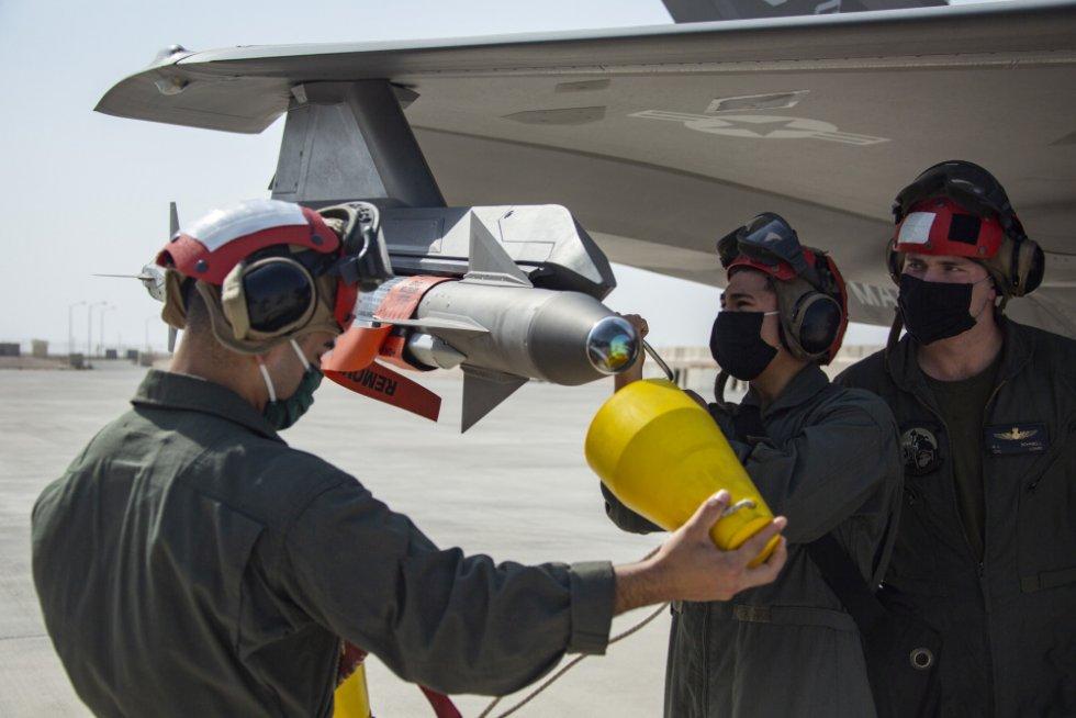 15th-meu-marines-conduct-f-35b-flight-operations-at-al-udeid-air-base-in-support-of-agile-comb...jpg