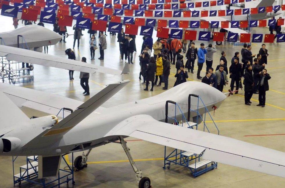2018-01-29-Sur-la-chaîne-dassemblage-final-de-drones-Wing-Loong-II-12.jpg