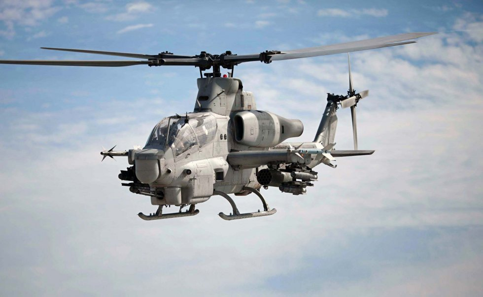2018-Oct-3-US-Bell-AH-1Z-Viper-Helicopter.jpg