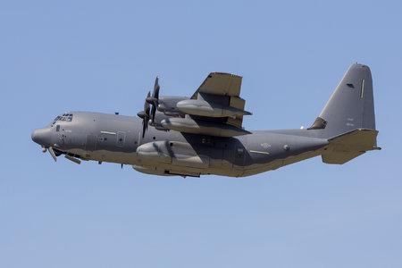 24619_Lockheed-Martin-MC-130J-Commando-II_12-5760_flex.jpg