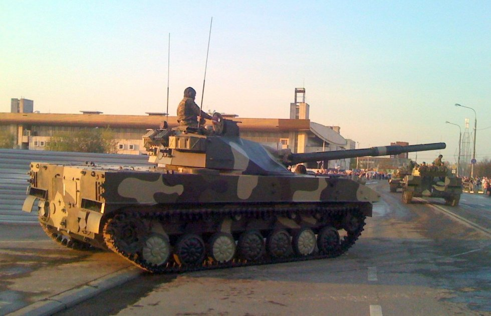 2S25_Sprut-SD,_Moscow_parade_2009.JPG