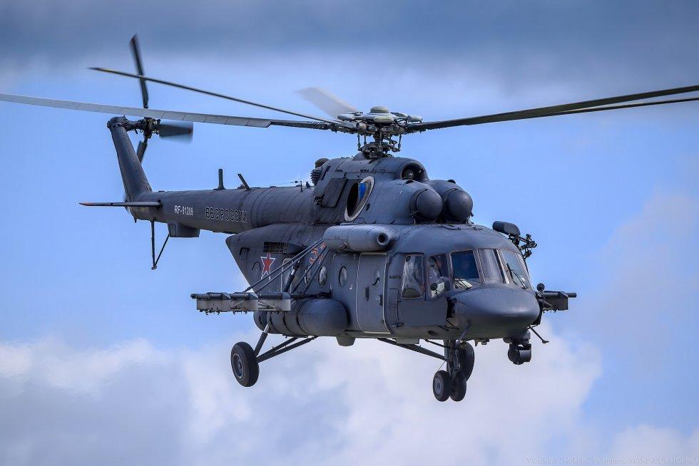 556880-Russian_Air_Force-Mil_Mi-17.jpg