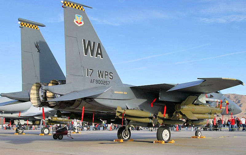 800px-17th_Weapons_Squadron_-_McDonnell_Douglas_F-15E-50-MC_Strike_Eagle_90-0257.jpg