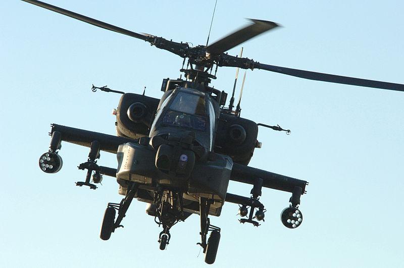 800px-AH-64_Apache_060224.jpg