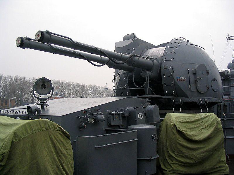 800px-AK-130_on_destroyer_«Nastoychivyy»_in_Baltiysk,_2008_(1).jpg