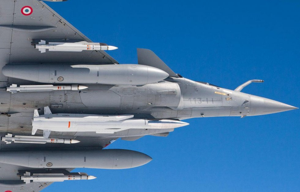 Air-Sol Moyenne Portée-Amélioré (ASMP-A)  French air-launched nuclear missile Dassault Rafale ...jpg