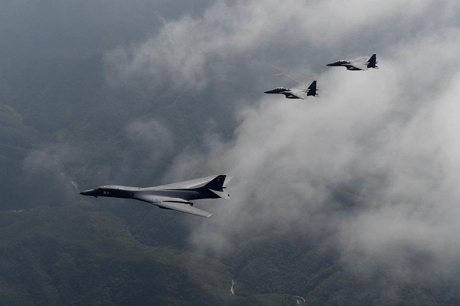 B-1_bomber_to_get_new_radar_instrumentation_system.jpg