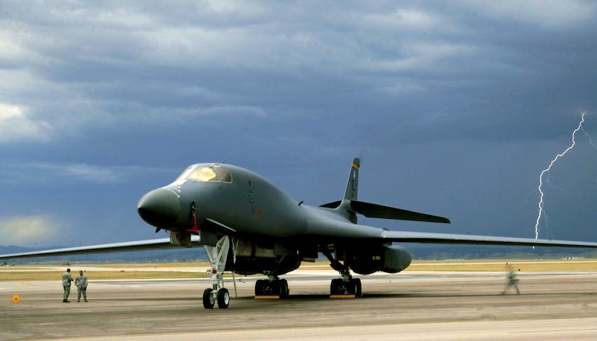 B-1B-Lancer-840x480.png