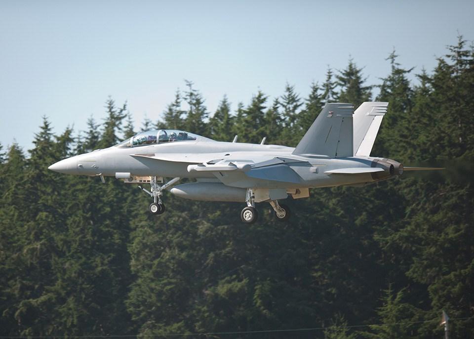 boeing-ea-18g-growler-carrier-based-electronic-warfare-aircraft.jpg