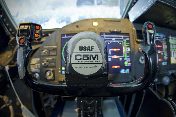 c5m-control-yoke_.jpg