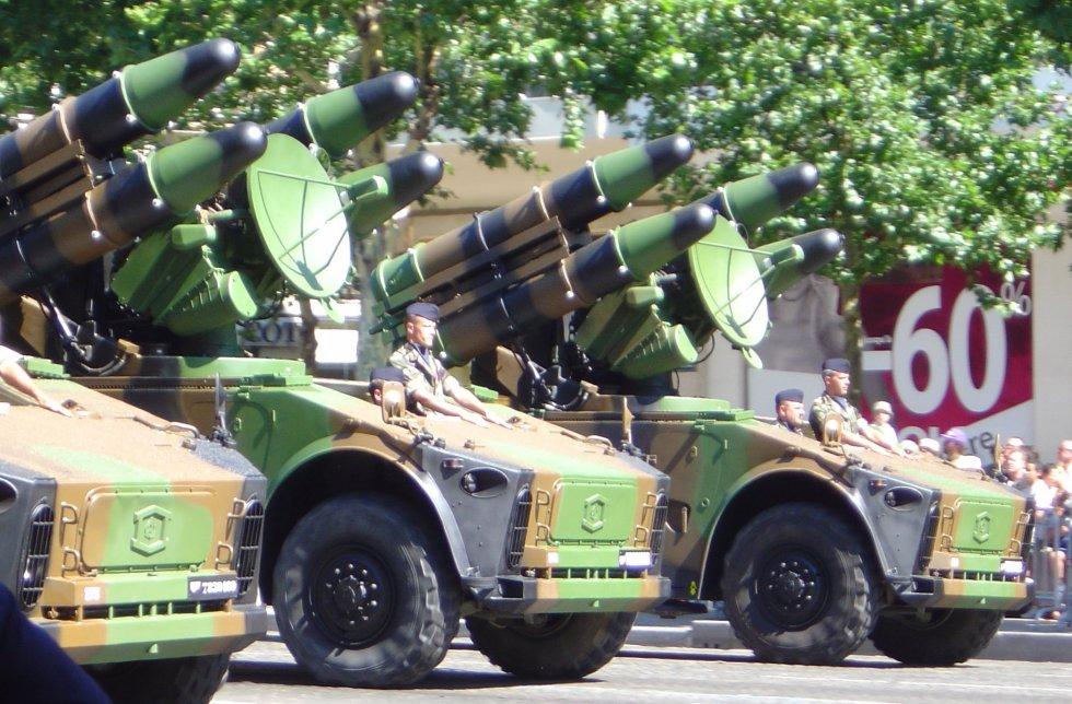 Crotale_missile_launchers_DSC00866.jpg
