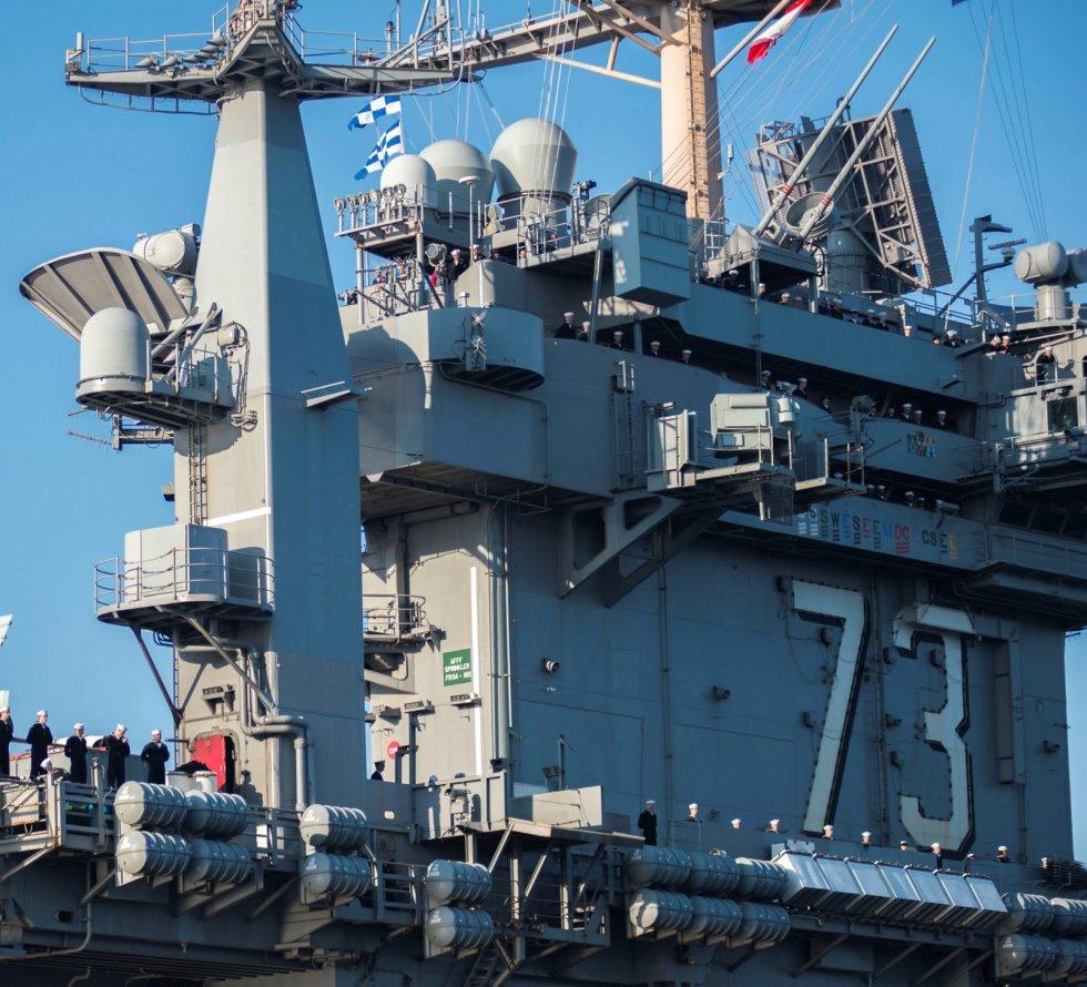 CVN-73-USS-George-Washington-photo-041.jpg