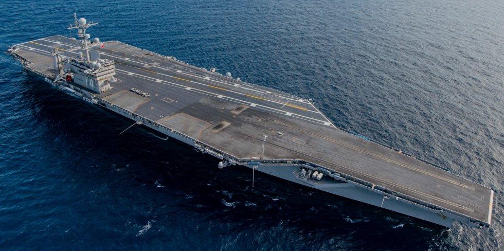 CVN-74-USS-John-C-Stennis-photo-132.jpg