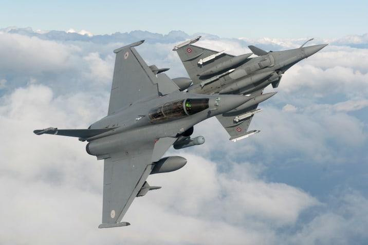 dassault-rafale-multirole-fighter-1.jpg