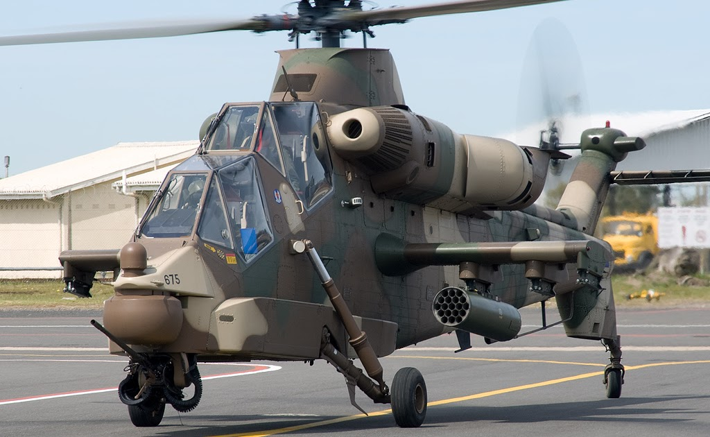 Denel AH-2 Rooivalk (1).jpg
