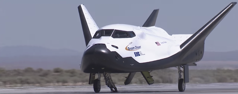Dream-Chaser-Tow.png