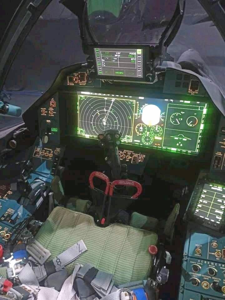 E7CoaALWEAMbV7z.jpg