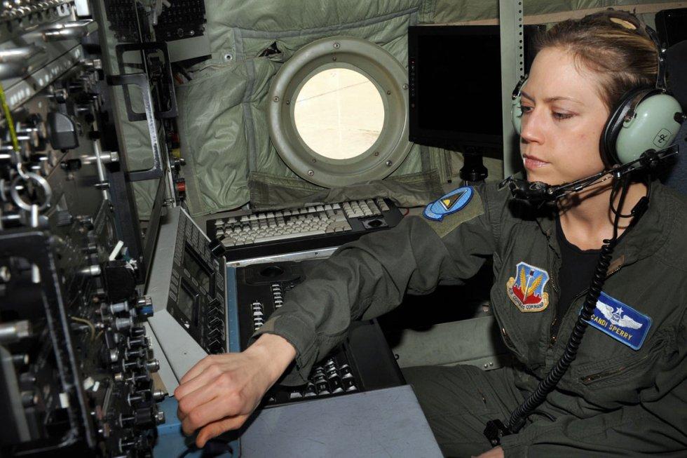 ec-130h-compass-call_002.jpg