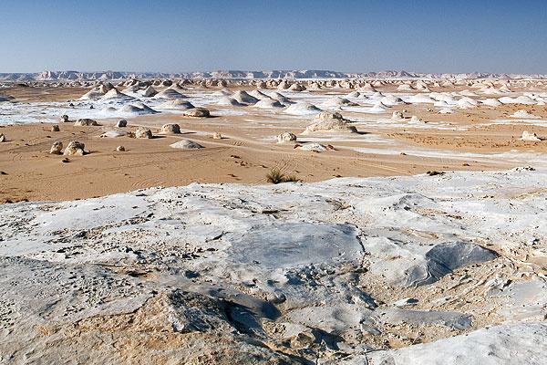 Egypt-desert-White.jpg