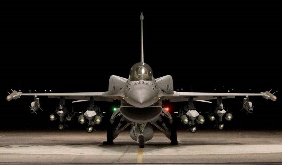 F-16-Viper-1200x703.jpeg