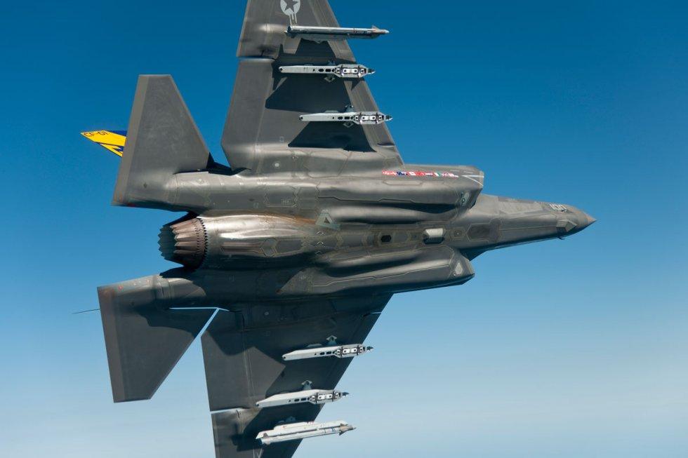 f-35c-lightning-ii_003.jpg