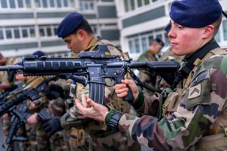 Fransa-HK416F-750x499.jpg