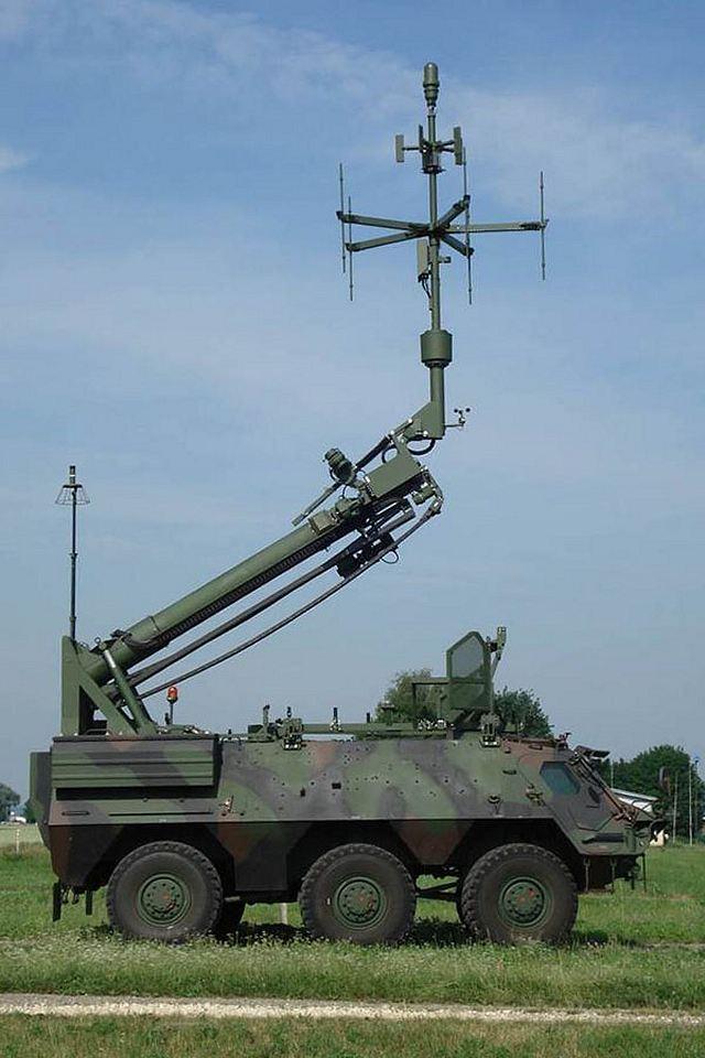 Fuchs_EOV_electronic_warfare_6x6_wheeled_armoured_vehicle_Netherlands_Dutch_army_001.jpg