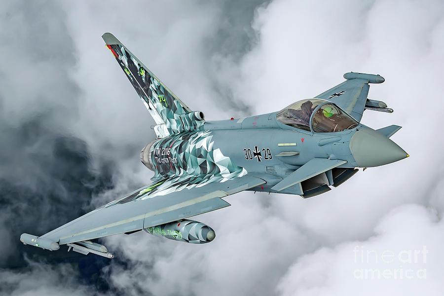 german-luftwaffe-eurofighter-typhoon-in-flight-b10-nir-ben-yosef.jpg