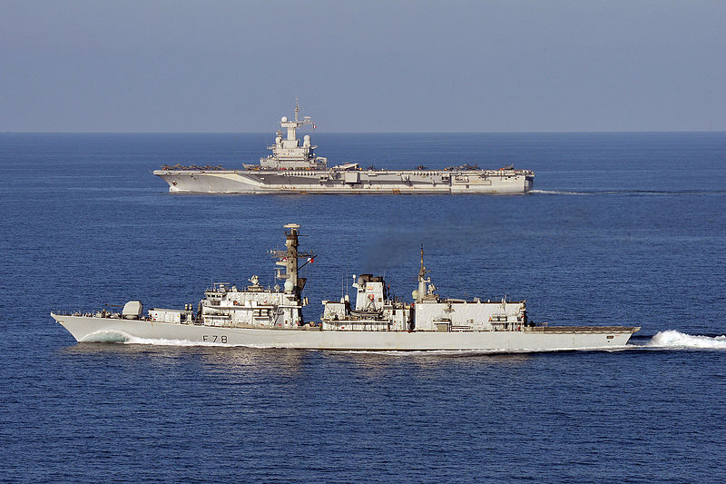 HMS_Kent_carries_out_manoeuvres_with_French_Ship_FS_Charles_De_Gaulle._MOD_45158508.jpg