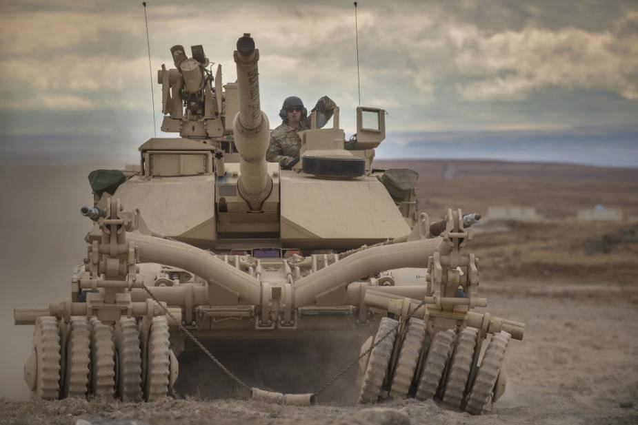 Idaho_Army_National_Guard_reacquaints_with_mine_plow_fitted_tanks_1.jpg