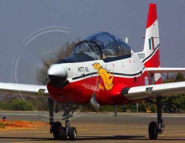 India_HAL_HTT-40_DefenceDecode_640.jpg