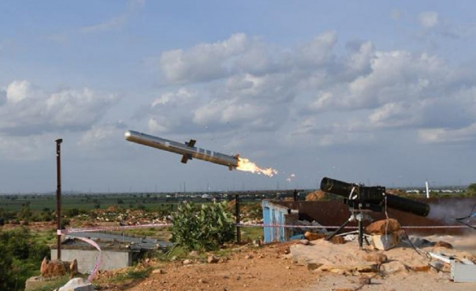 indians-drdo-successfully-flight-tested-indigenously-developed-man-portable-antitank-guided-mi...jpg