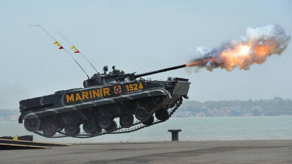Indonesian-Marine-Corps-BMP-3F-IFV.jpg