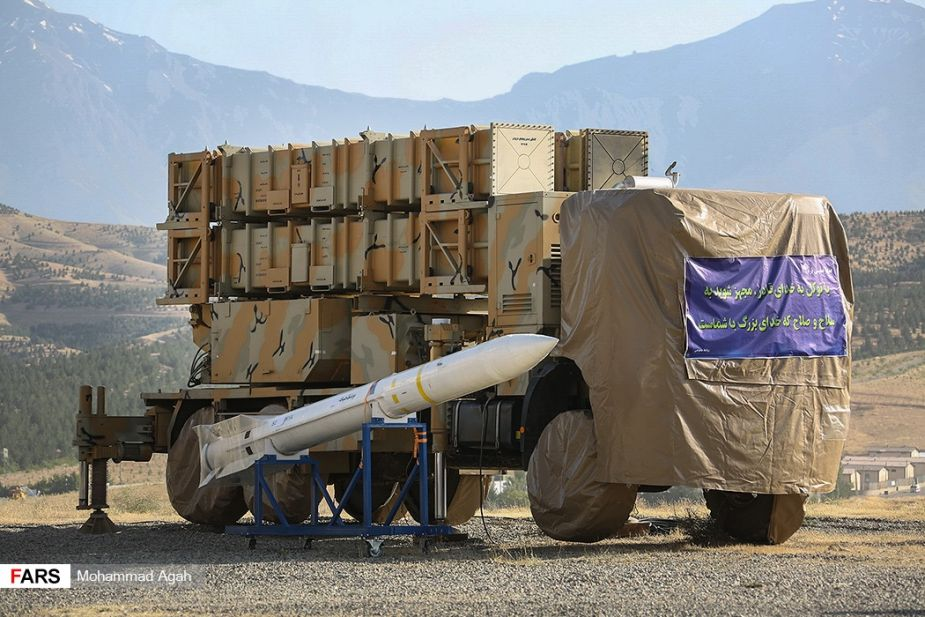 Iran_unveils_new_Khordad_15_air_defense_missile_system_925_001.jpg