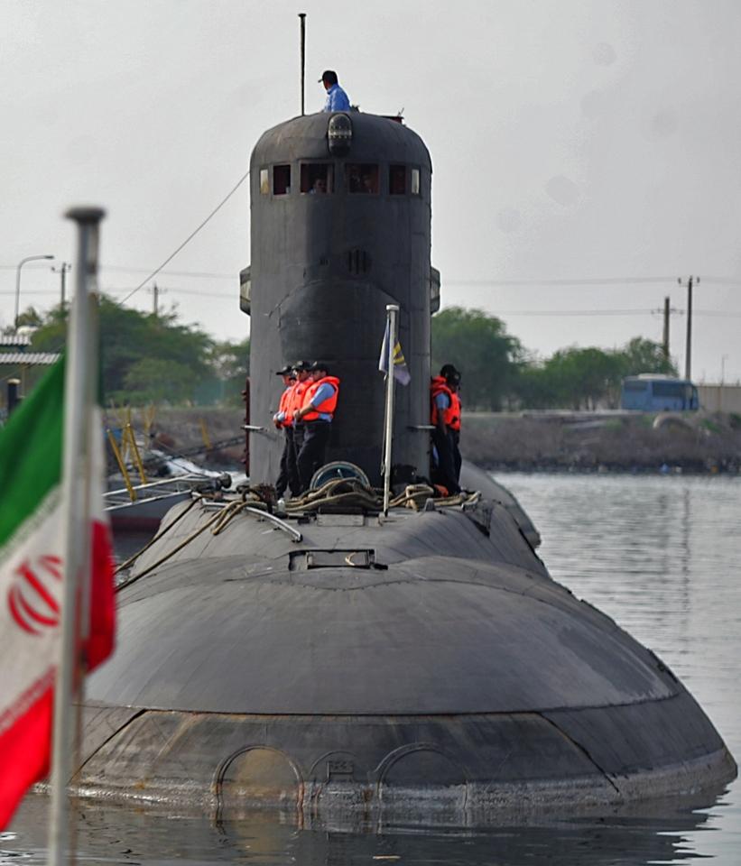 Islamic Republic of Iran Navy (IRIN) Kilo naval diesel-electric submarineProject 636 Varshavya...jpg