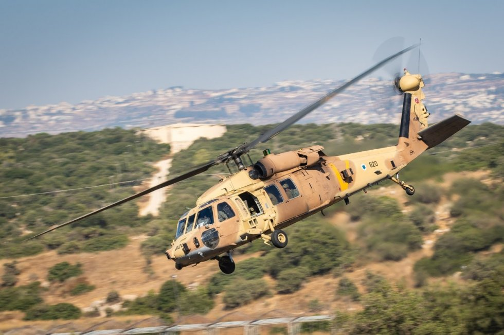 israeli-air-force-helicopter-squadrons-drill-warfare-in-northern-theater-3.jpg