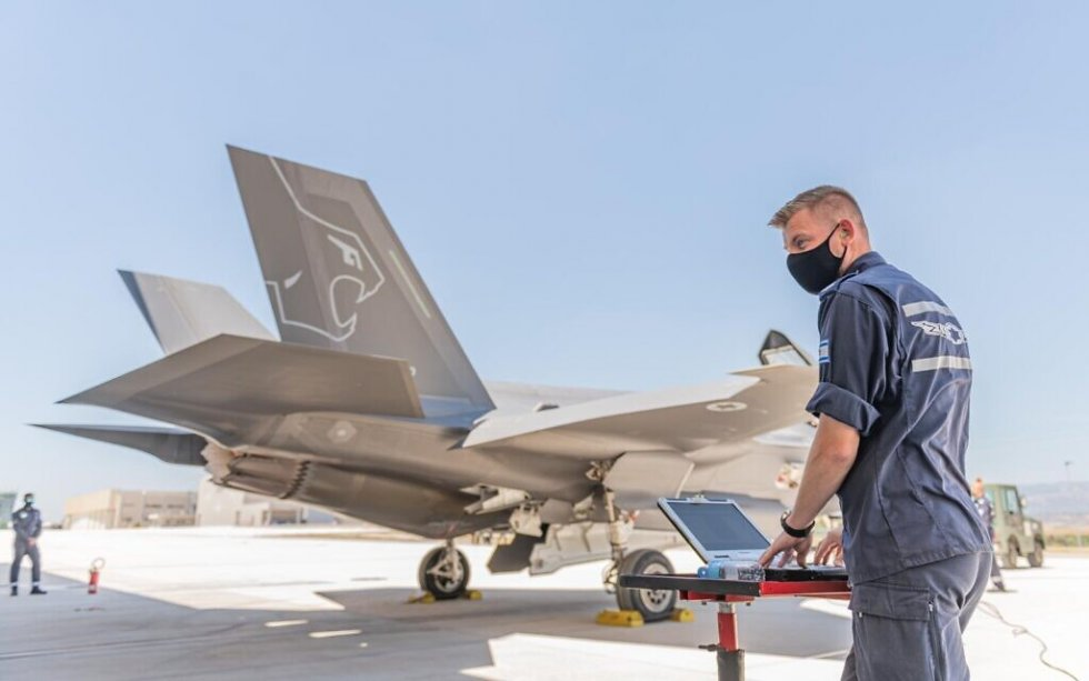 israeli-air-force-participates-in-multinational-f-35-fighters-exercise-in-italy-2.jpg