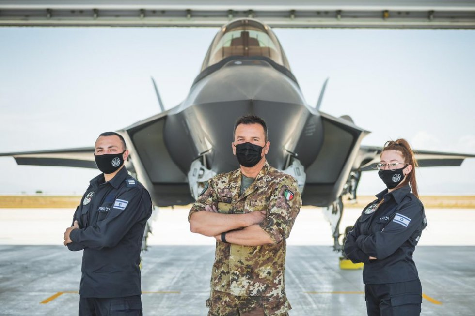 israeli-air-force-participates-in-multinational-f-35-fighters-exercise-in-italy-3.jpg