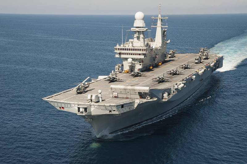 Italian_Navy_Cavour_aircraft_carrier_United_States_F35B_qualification.jpg