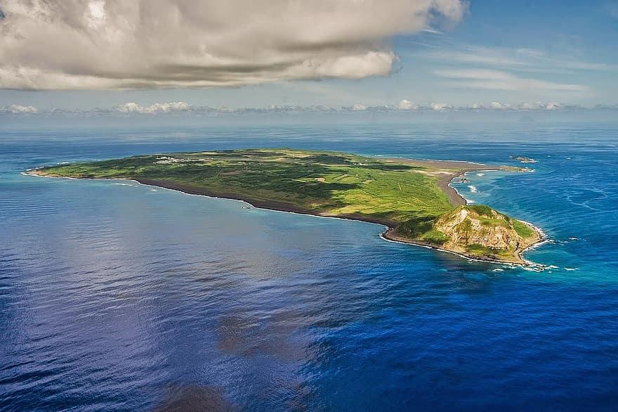 iwo-to-iwo-jima-island-battlefield-iwo-japan-landmark-scenery-jima.jpg