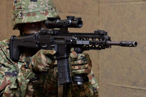Japanese-military-to-receive-new-rifles-for-the-first-time-since-1989.jpg